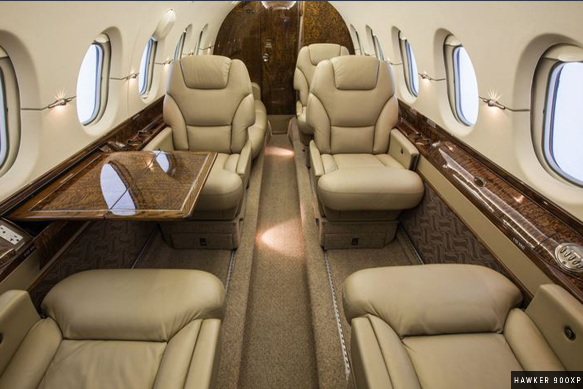 Midsize Jet Hawker 900XP Wood Interior
