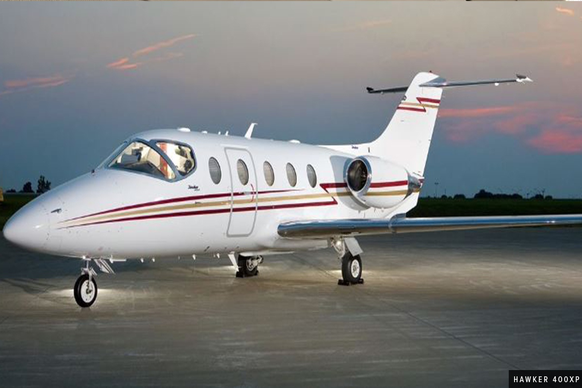 White Light Jet Hawker 400XP Exterior