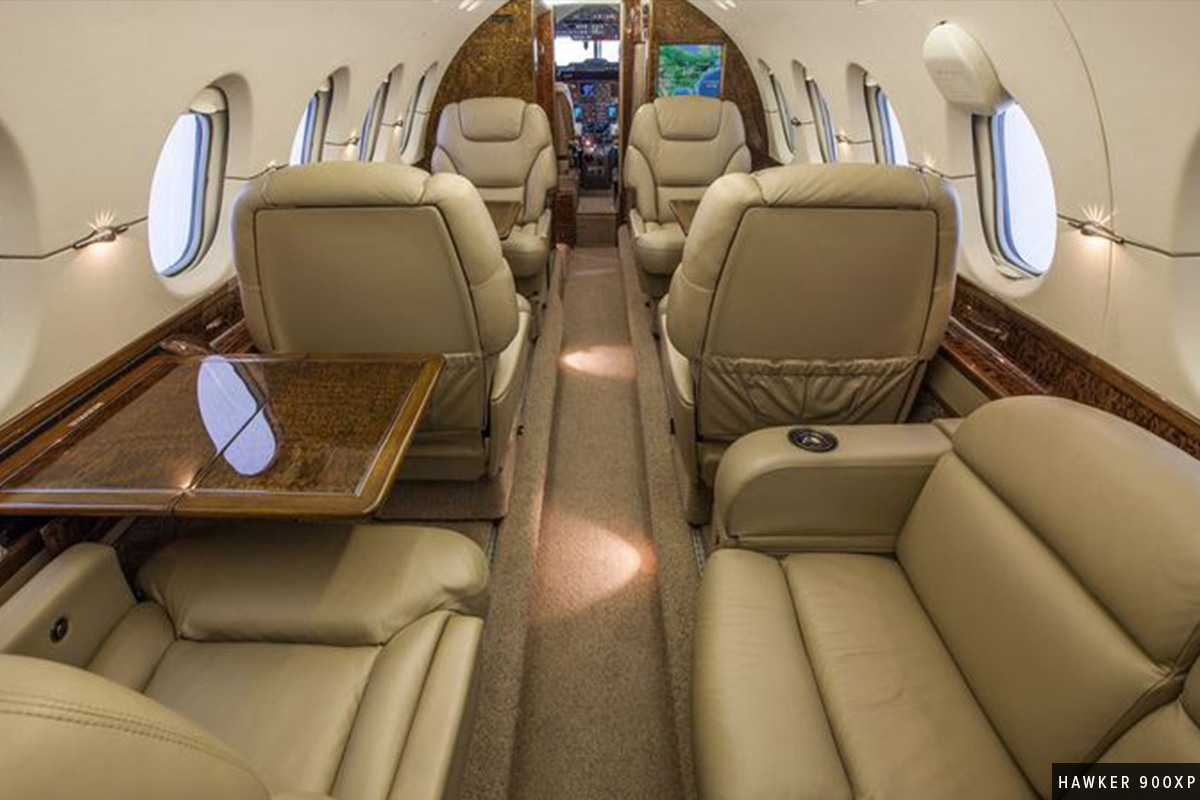 Beautiful Midsize Jet Hawker 900XP Interior