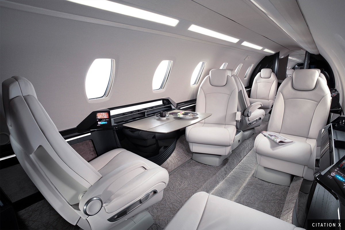 Super Mid Citation X Interior